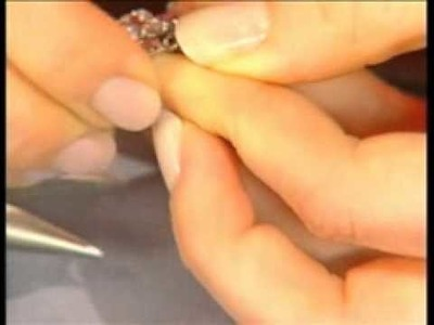 Bling ring beading lesson with Beadalon