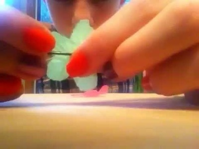 How To Make Hair Clips out of a Hawaiian Flower Necklace