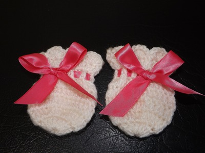 Crochet Mittens for a Baby