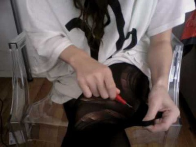 DIY Ripped Tights Tutorial