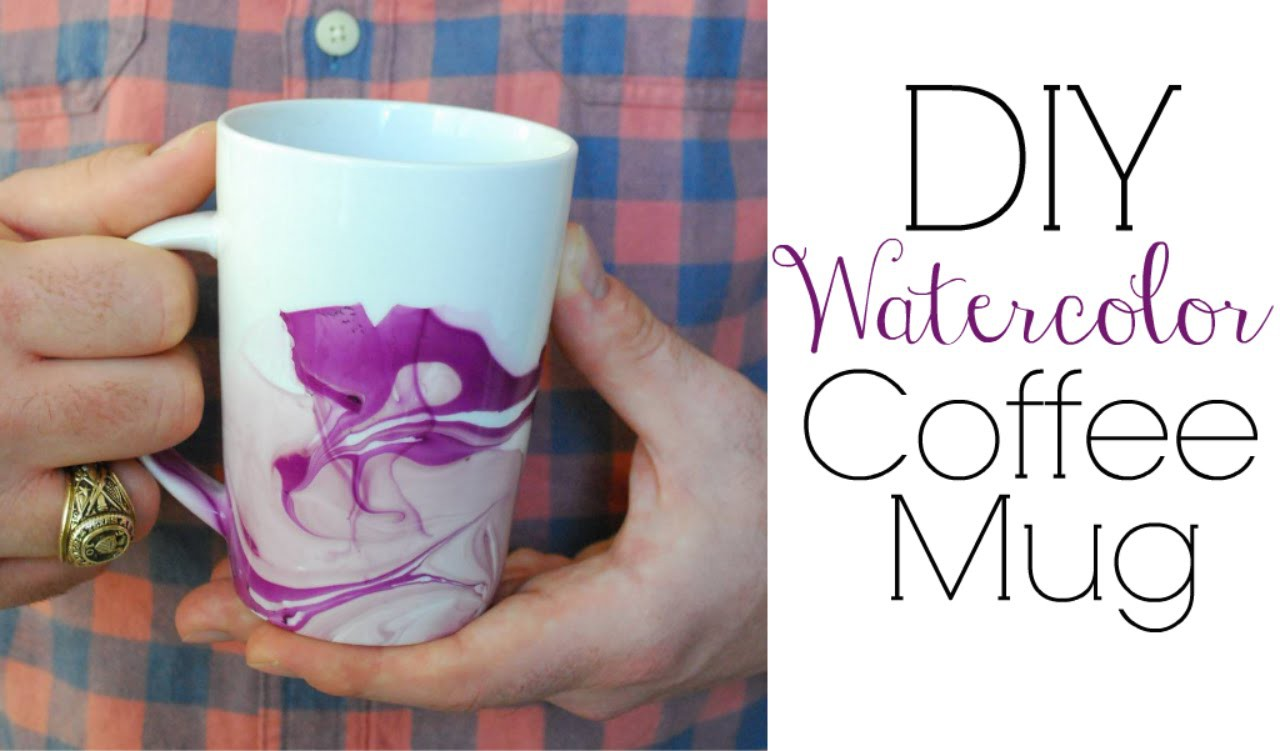 Easy DIY Gifts - Watercolor Coffee Mugs