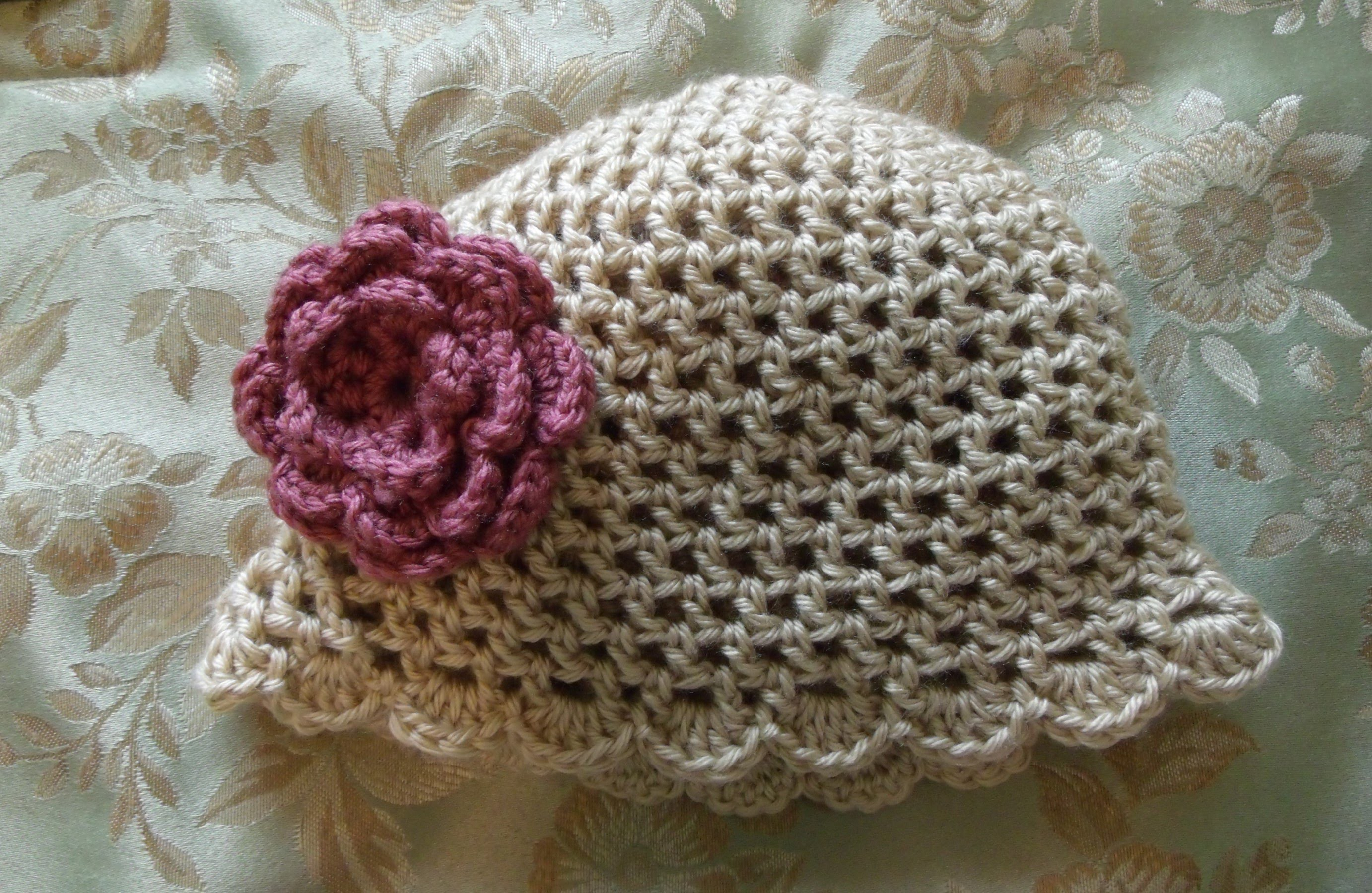 How to crochet a hat or beanie with a shell, scallop edge