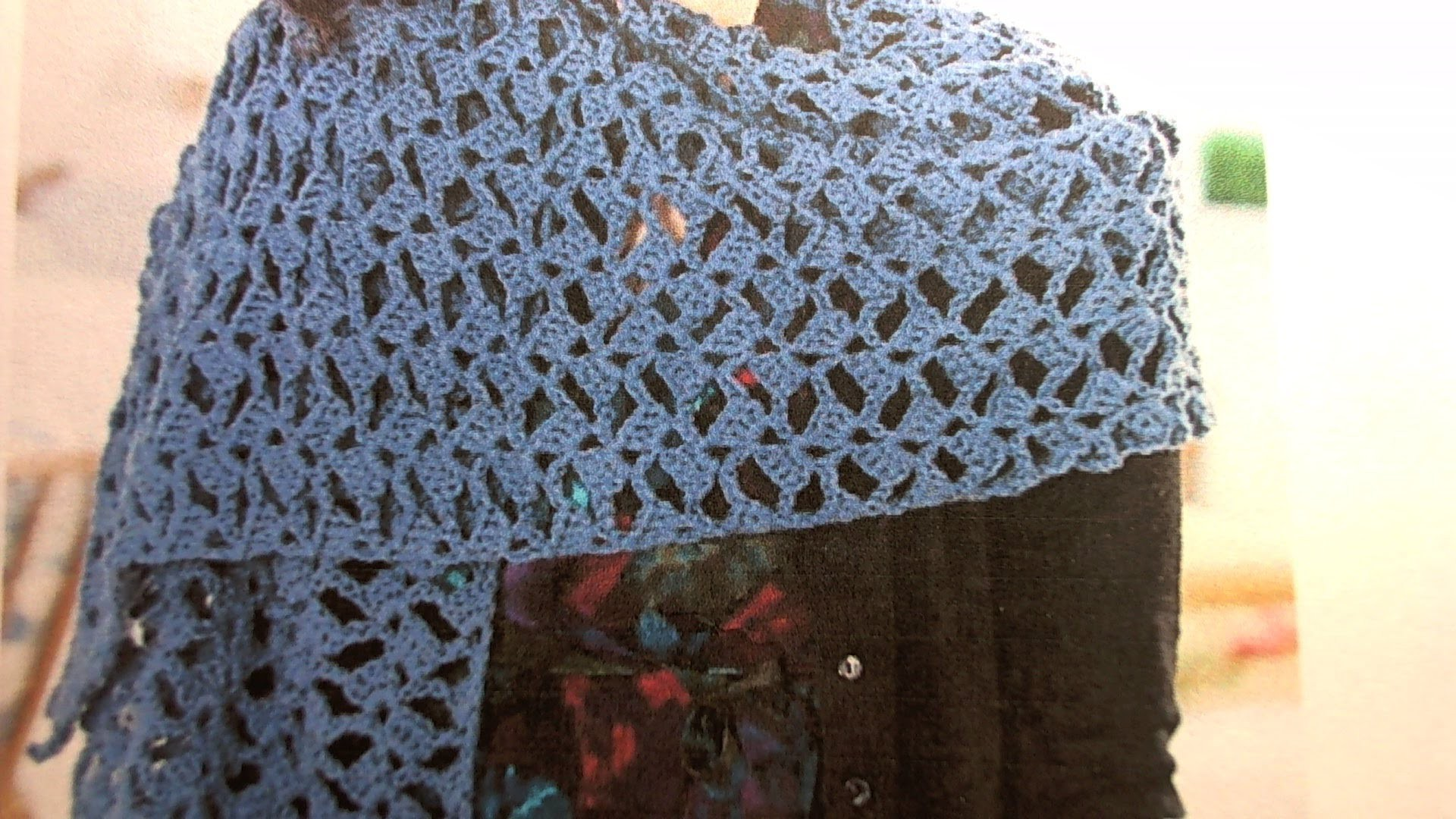 How to crochet romantic lacy shawl - easy.beginner level. shawl en crochet