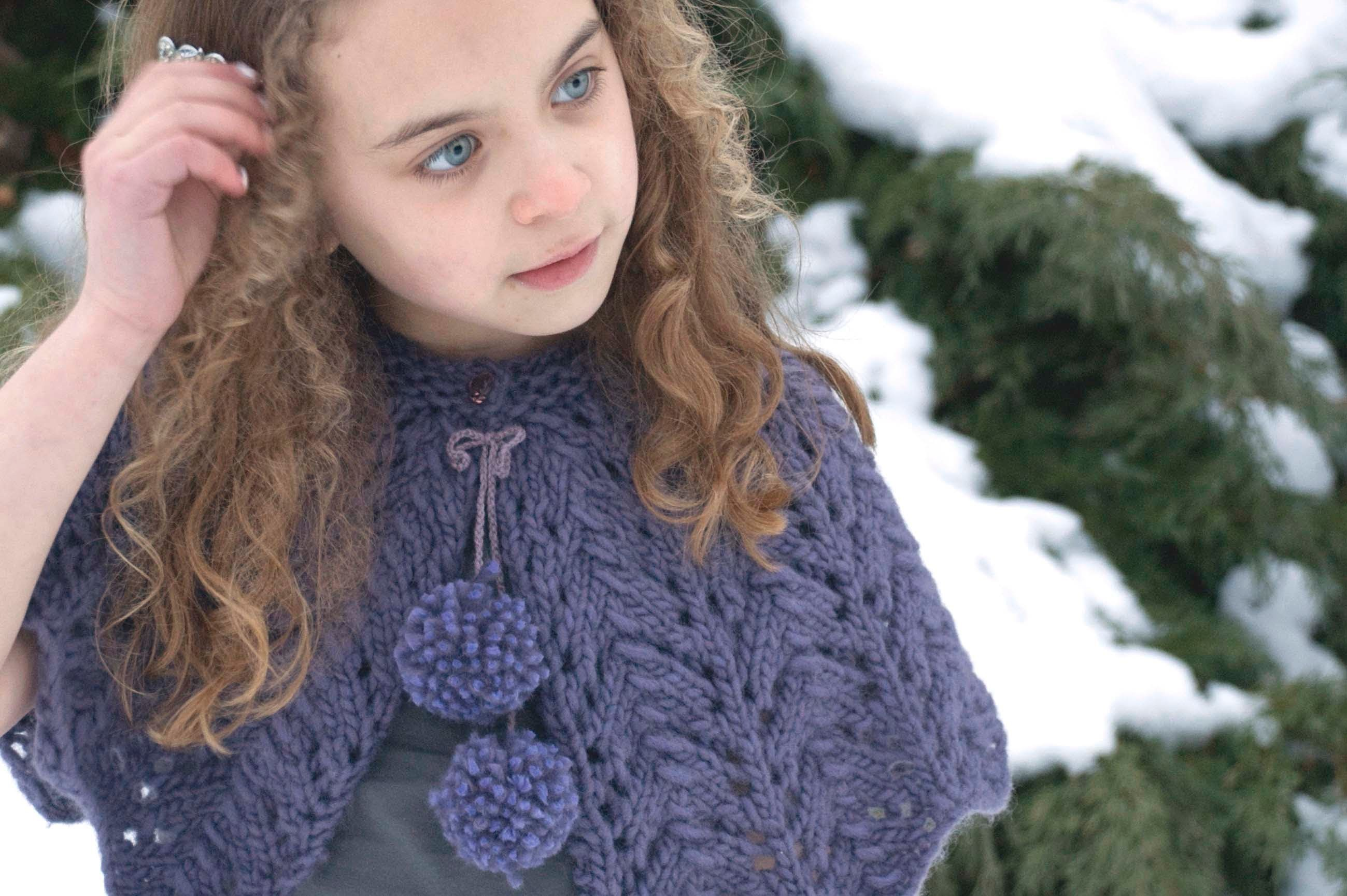 How to knit the beautiful lace stitch featured in the Lace Capelet knitting pattern