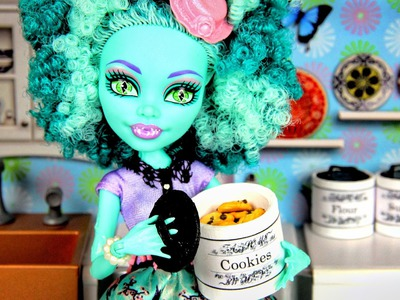 How to Make Doll Kitchen Accessories:  Canisters | Plus Bonus Craft - Doll Crafts