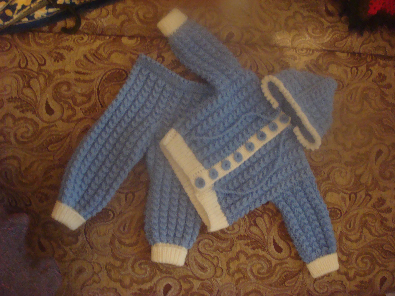 Связать спицами костюм на мальчика 1 год