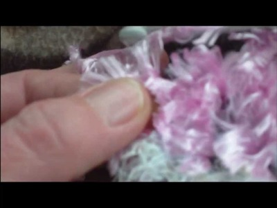 Crochet Tutorial - How to work with fluffy yarn