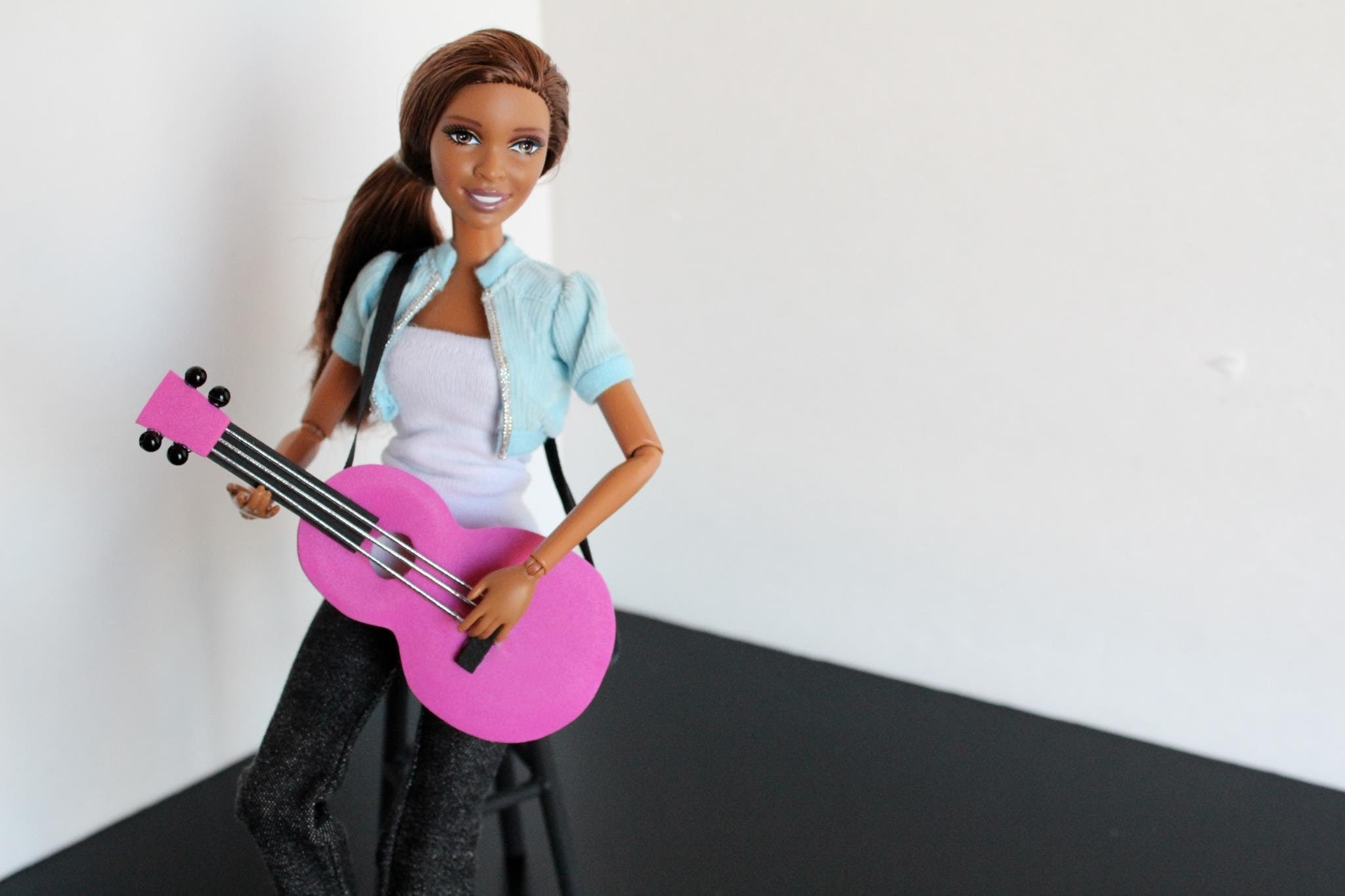 How to Make a Doll Guitar - Doll Crafts