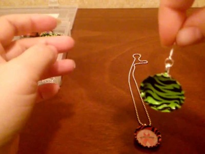 How to make a Bottle Cap necklace, DIY (tutorial) by shopbgd.com