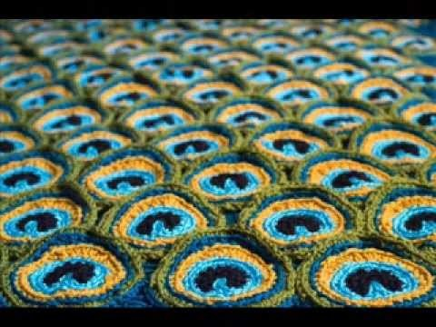 Peacock Pretty Blanket Pattern -   Crochet Blanket Pattern Presentation
