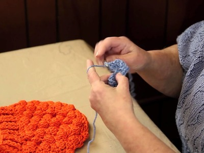 How to Crochet a Bobble Hat : Fun Crochet Projects