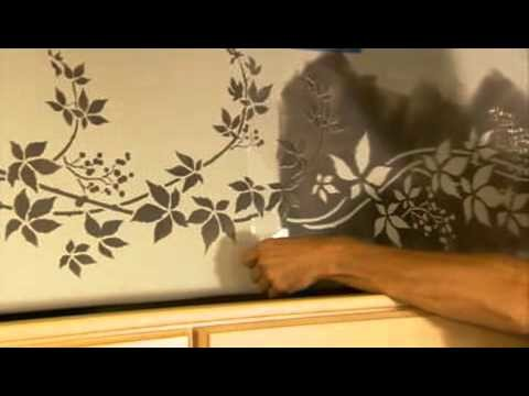 Stencils: How to Stencil a Kitchen Border. Wall stencils by Cutting Edge Stencils. DIY decor ideas.