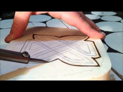 #6 - Craftastic Tuesdays! Tutorial: How to Woodburning : Celtic Knot Box