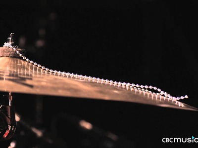 Cymbal with Sizzler Beads in Super Slow Motion