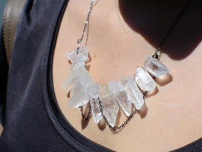 ✂ DIY Raw Crystal Necklace