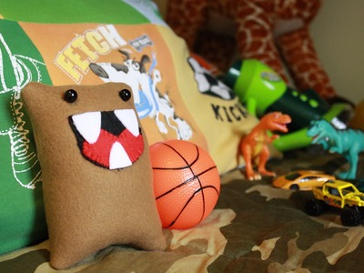 How to Make a Monster Pillow, Plushie and.or Softie.  Plus: Basic sewing tips