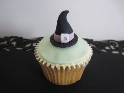 How to Make Halloween Cupcakes - Witches Hat Topper