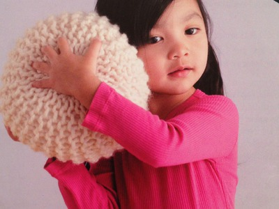 How to knit a small pouf