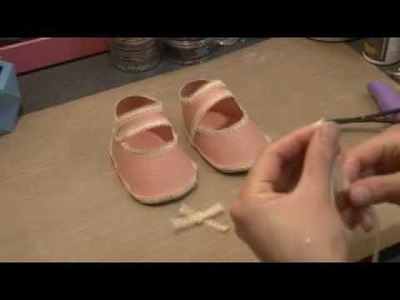 Paper baby shoe papercraft tutorial