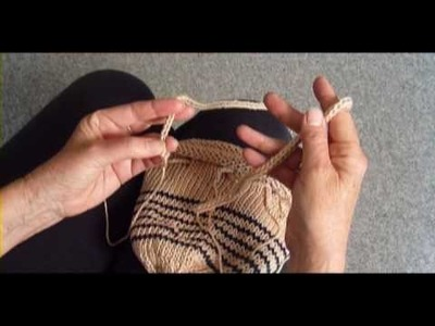 KNITTED PURSE PART 3