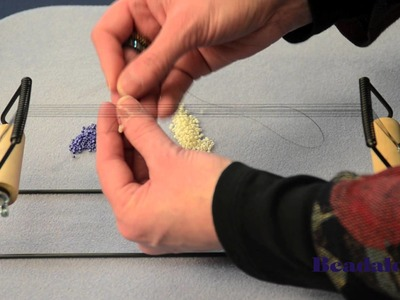Beadalon - Beading Loom Featuring Leslie Rogalski, Wefting (Part 2 of 3)
