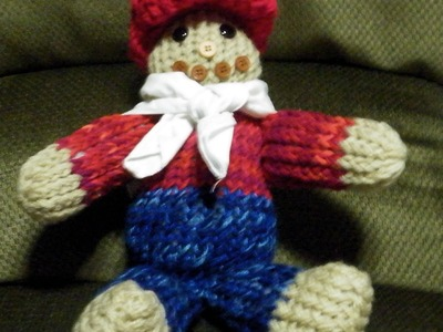How to Loom Knit a Scarecrow