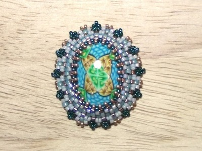 BeadsFriends: Beaded bezel tutorial - How to bezel an oval cabochon with Peyote Stitch