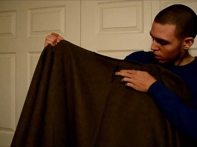 How to make a poncho from a wool blanket