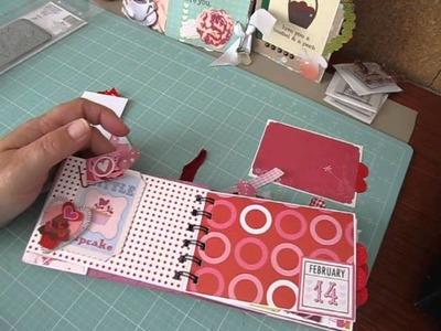 "5 x 3 1.2 Valentine's Day Scrapbook Album ""Love Struck"""