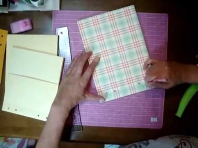 Scrapbooking - Part 4 -- Tutorial for London Market Mini Album