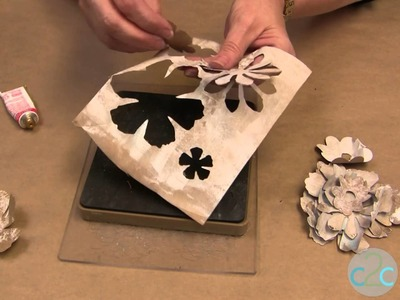 How to Create a Shabby Chic Flower Frame with Recycled Grocery Bags!