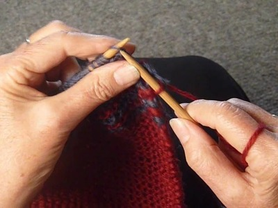 HOW TO KNIT A TWO ROW STRIPE