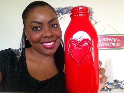 DIY Christmas Gifts: Pretty Vase from a Milk Bottle (Day 17)