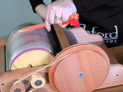 Blending fibres on the Ashford drum carder