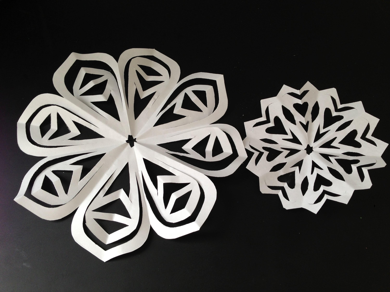 DIY hand cut paper snowflakes. paper doilies - Natalie's Creations