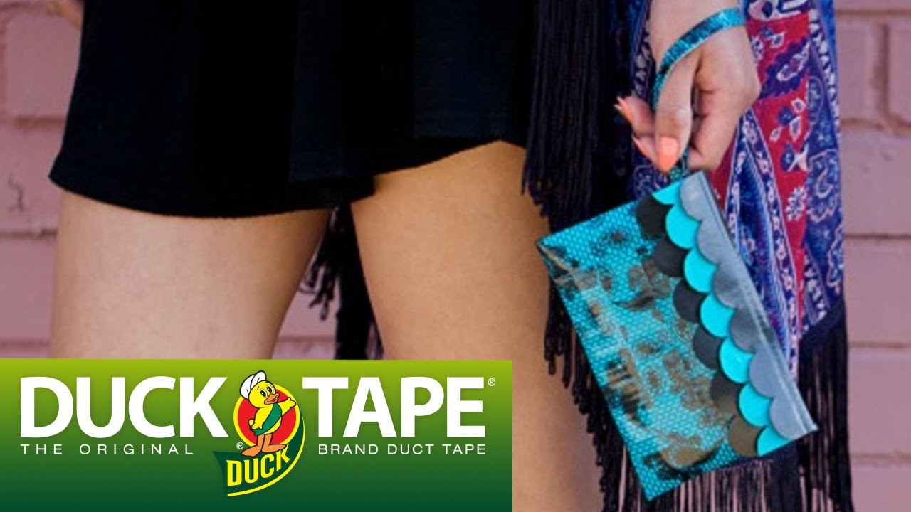 Duck Tape Crafts: How to Make a Scalloped Wristlet with LaurDIY