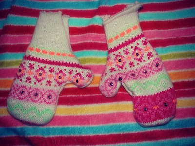 10 DIY gifts: Gift Idea 10: Homemade Sweater Mittens! Great Recycle Craft, cute too!