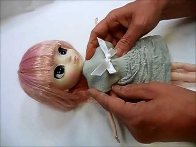How to make doll outfit knit dress.★You use one sock.★Pullip
