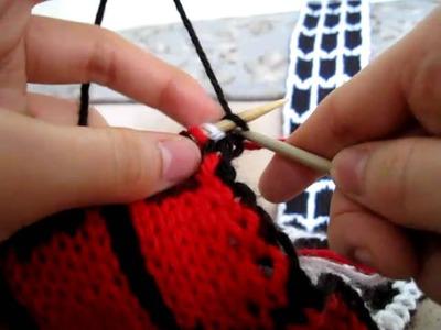 Knitting Tutorial: Spider-Man vs. Venom Scarf - Tips (3.5)
