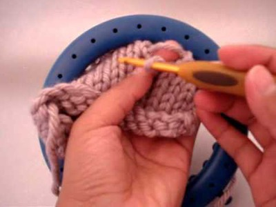 Loom Knitting: Pick up a dropped Knit Stitch