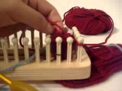 Loom Knitting: Thumb Tutorial opening tutorial