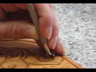 Using a Camouflage Stamp in Leatherwork ~ Leathercraft Tutorial ~ Basics of Leather Craft