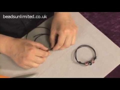 Bracelet on Leather - The Beginners' Guide to Beading