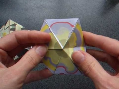 Origami - action origami - how to make a flexagon - tutorial - dutchpapergirl