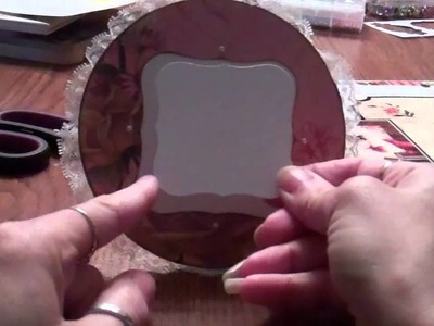 Picture frame using an old CD
