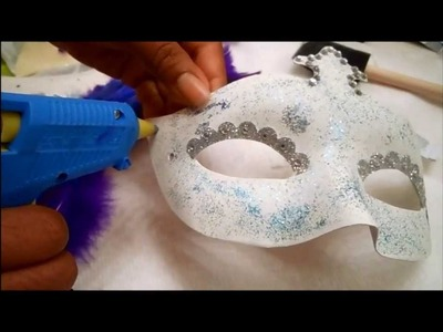 DIY: Masquerade Mask!