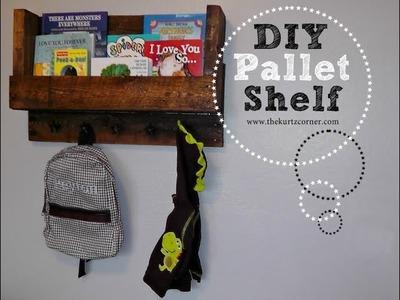 DIY Pallet Book Shelf