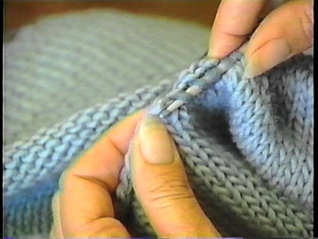Sweater Finishing: Pick up Stitches Around the Neck