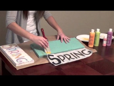 DIY Home Decor   Distressed Painted Sign