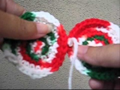 How to Crochet a Holiday Scarf